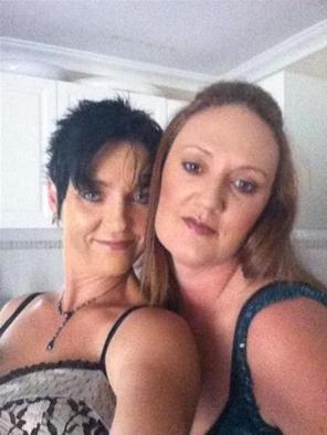 mandy en jolanda zoekt een sexdate